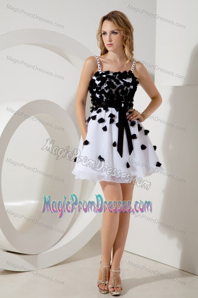 Spaghetti Straps White Short Junior Prom Dress with Flowers and Sash