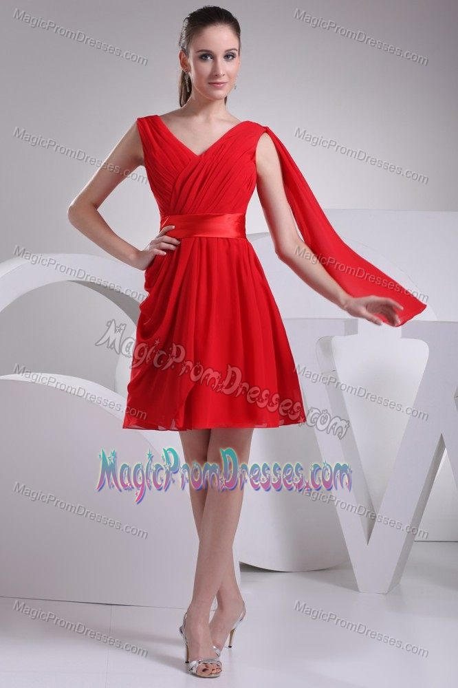 Wanted Zipper-up Red V-neck Draped Chiffon Prom Attire in Longridge