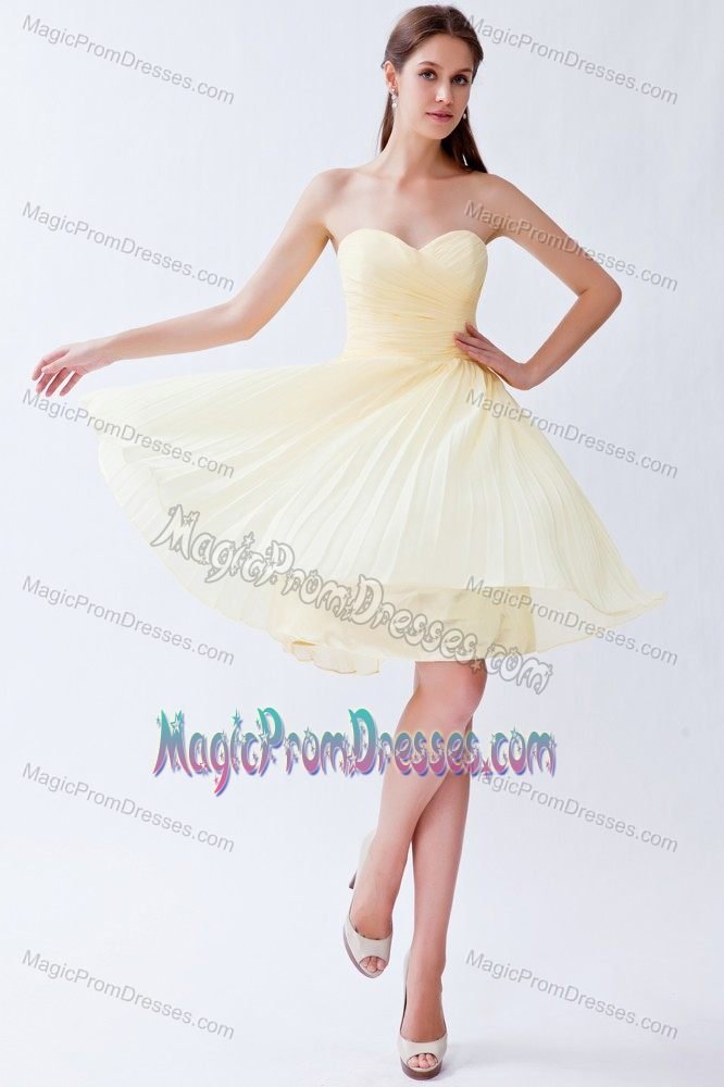 Lovely Sweetheart Pleat Light Yellow Junior Prom Dress Mini-length