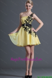 Luxurious Appliques and Belt Prom Dresses with One Shoulder