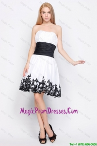 Cute Strapless Short Prom Dresses with Belt and Appliques