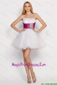 Lovely White Princess Short Prom Dresses with Beading and Belt