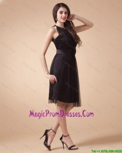 Classical Belt and Hand Made Flowers Short Prom Dresses in Black
