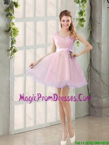 Perfect V Neck Strapless Short Prom Dresses with Bowknot