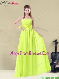 Fashionable Sweetheart Belt Prom Dresses in Yellow Green
