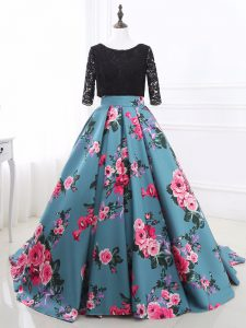 Long Sleeves Brush Train Lace and Appliques Backless Prom Gown