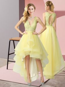 Fashionable V-neck Sleeveless Backless Homecoming Dress Yellow Tulle