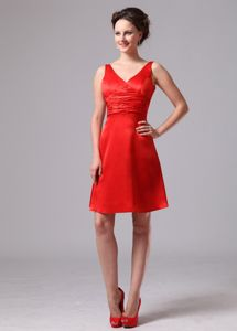 Cheap V-neck Mini-length Dress for Prom in Red with Ruches in Archer City