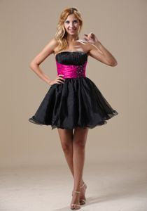 Black A-line Strapless Mini-length Prom Dresses with Beading and Ruching