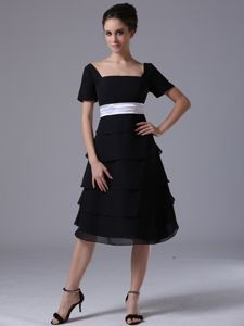 Square A-line Tea-length Black Prom Outfits with Ruches and Belt in Anson