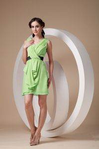Spring Green V-neck Mini-length Prom Dresses with Ruches in Fritz Creek