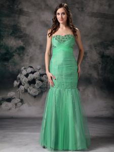Trendy Green Mermaid Floor-length Prom Outfits with Beading and Ruching
