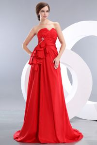 Luxurious Red Sweetheart Brush Train Formal Prom Dresses with Beading