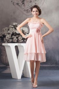 Strapless Pink Pleated Knee-length Prom Gown Dress with Flower in Indiana