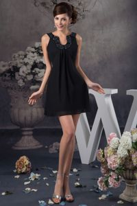 Special Black Beaded U-neck Mini-length Semi-formal Prom Dress in Barry