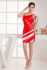 Brand New Red One Shoulder Mini-length Prom Dresses with White Stripe