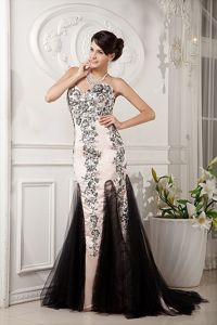 Sweetheart Champagne and Black Brush Prom Gown Dresses with Appliques