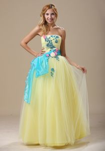 Pretty Light Yellow Strapless Full-length Prom Dress with Appliques and Sash