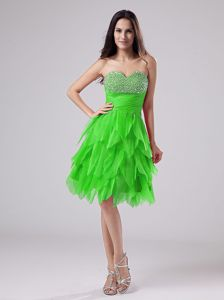 Sweetheart Knee-length Dress for Prom with Beading and Ruffles in Green