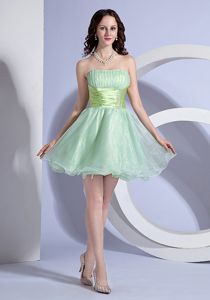 Apple Green Mini-length Puffy Dresses for Prom with Beading and Ruching