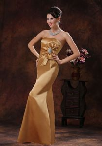Strapless Floor-length Mermaid Prom Gowns in Champagne with Beading