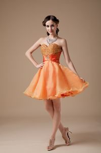 Cheap Orange Red Mini-length Prom Dresses with Sweetheart and Beading