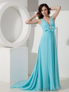 Light Blue V-neck Prom Gown Dresses with Watteau Train in Double Oak