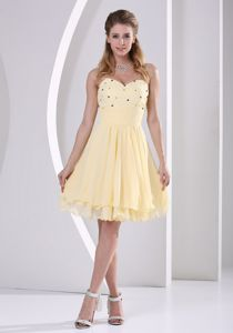 Sweetheart Knee-length Prom Gown in Light Yellow with Beading in Heath