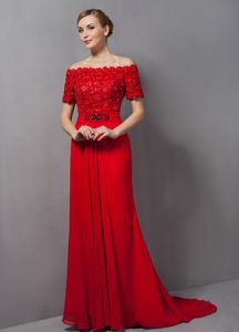 Red off Shoulder Appliques Prom Court Dress with Brush Train in Column