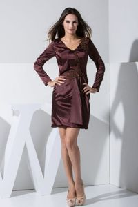 Dover USA V-neck Long Sleeves Burgundy Mini Prom Dress with Appliques