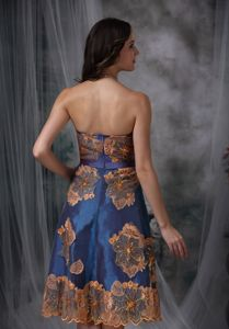 Multi-color Strapless Tea-length Prom Gowns with Appliques in Brazoria