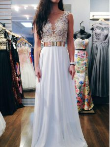 High Class Sleeveless Chiffon Floor Length Backless Prom Dresses in White with Beading