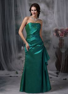 Lakewood OH Strapless Appliqued Formal Prom Gowns in Turquoise