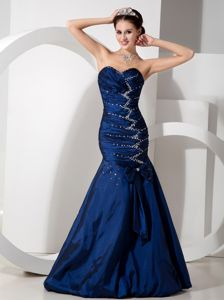 Discount Navy Blue Mermaid Formal Prom Gowns with Beads and Bow