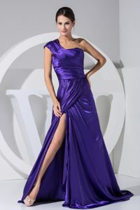 Perfect One Shoulder Slitted Purple Formal Prom Gown Dress in Fashion