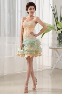 Lovely Colorful Sweetheart Beaded Short Prom Dresses with Ruffle-layers