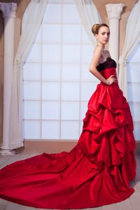 Strapless Red Chapel Train Dress for Prom with Black Lace and Pick-ups