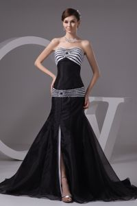 Black Sweetheart Sweep Train Prom Gowns with Slit and White Stripes