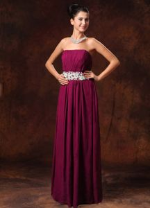 Wine Red Strapless Ruched Full-length Dresses for Prom with Appliques