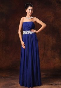 Strapless Navy Blue Ruched Long Prom Dress with Appliques in Fruitland