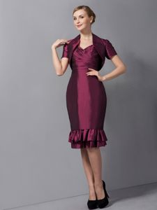 Hot Sale Straps Burgundy Knee-length Dress for Prom with Flounced Hemline