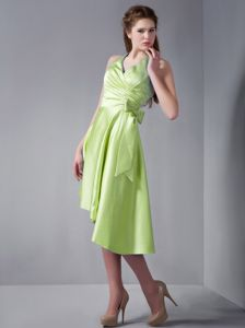 Halter Yellow Green Prom Attire with Bowknot and Asymmetrical Hemline