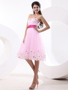 Lovely Sweetheart Knee-length Baby Pink Prom Outfits with Paillette for Girls