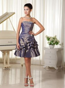 Dark Purple Strapless Lace-up Short Prom Dresses in Taffeta with Beading