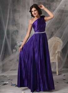One Shoulder Ruched Pleat Accent Prom Attire with Beaded Waist