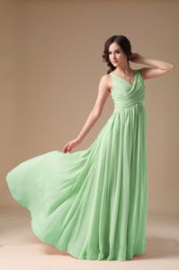 Attractive Green V-neck Ruched Prom Attire Floor-length in Jedburgh