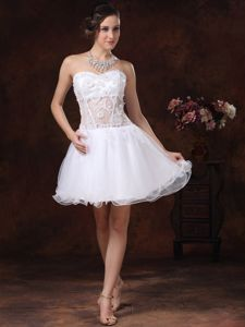 Sweet Appliqued White Sweetheart Organza Prom Attire in Melrose