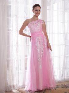 One Shoulder Floor-length Embroidered Prom Outfits in Pink in Carrollton