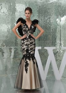 Black and Champagne V-neck Mermaid Prom Gown Dress with Appliques