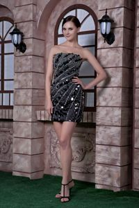 Black Strapless Column Mini-length Prom Gown with Beading in Neponset